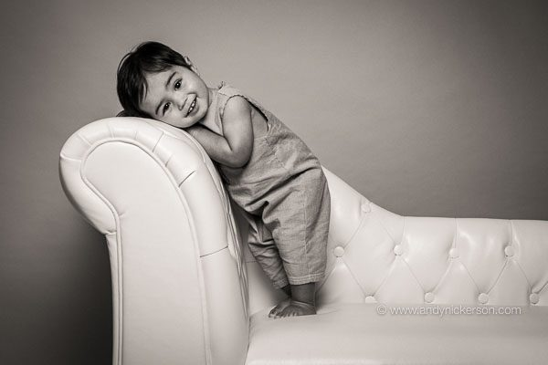 standing-toddler-photography-jan2018